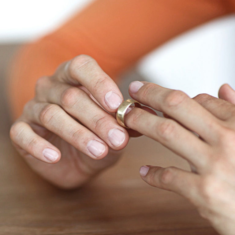 16 ways to ruin your marriage.