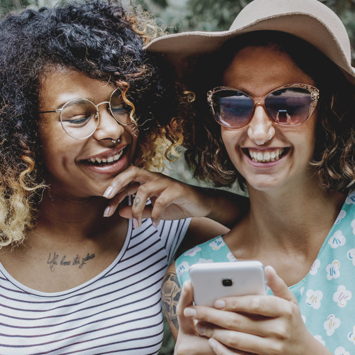 Can social media encourage narcissistic behavior? | 1Africa